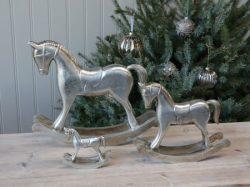 Karácsonyi Lovacskák
