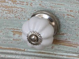 Vintage Fehér Margaréta Fiókgomb - 3 cm.