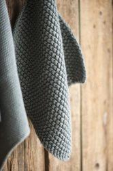 """Vintage """"MYNTE"""" Mohazöld Konyhai Textil - 22*22 cm."""